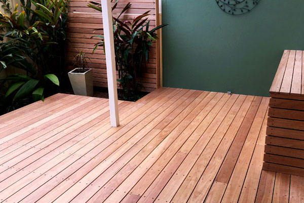 granny flat deck